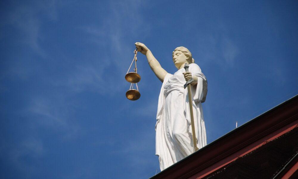 リップル-SEC訴訟:「XRP保有者は、ヒンマンが証言する必要があることを知るに値する」